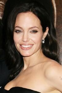 Angelina-Jolie_ chudnutie_tréning_cviky