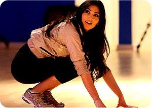 kim-kardashian tréning skoky