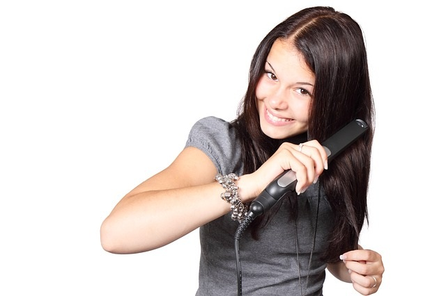 zehlenie vlasov ako mat krasne vlasy